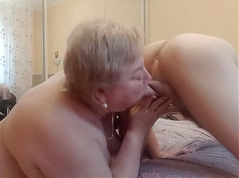 he got up from doggystyle and made me jerk off his cock 1