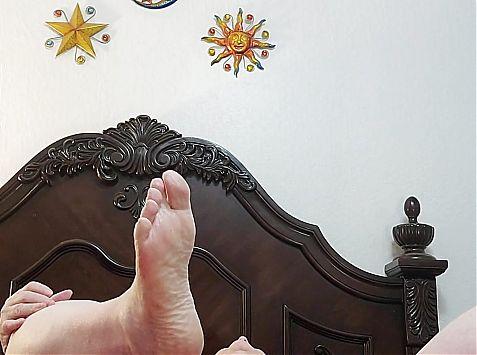 Jellojuggz44f big ass twerking in pajama pants