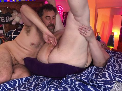 BBW Granny Fisted and Pussy Slapped – Amateur Mature Couple TnD